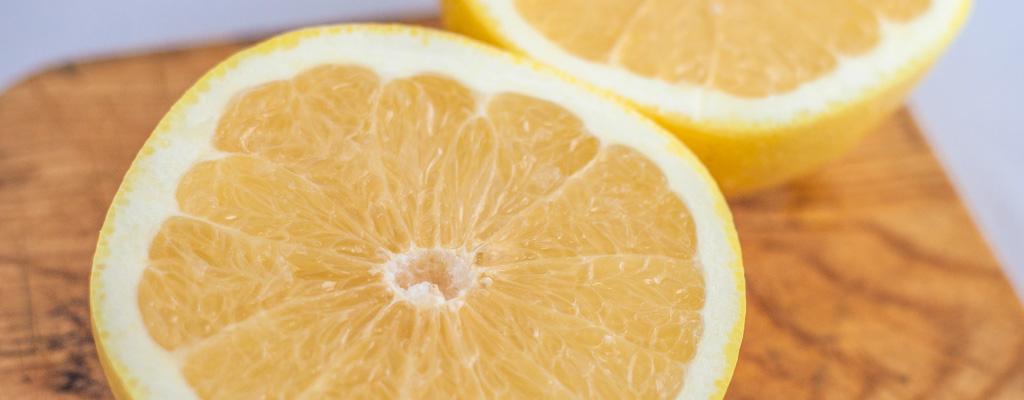 薬を服用中。グレープフルーツがよくないと言われたが、何時間くらい時間をあけたら大丈夫?
